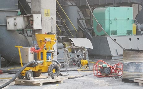 WZ-3ER Refractory Gunning/Shotcrete Machine application